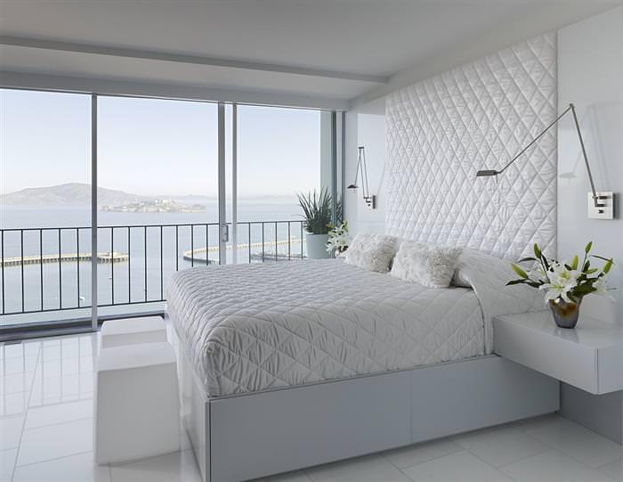 Ліжко декорується молочного відтінку мереживним пологом 73073709f043a